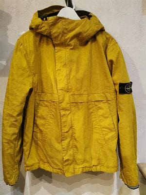 STONE ISLAND VINTAGE YELLOW DOWN JACKET FRONT